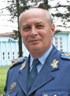 Comandor (r.) SANDACHI PAUL GEORGE fost director al Muzeului Naţional al Aviaţie