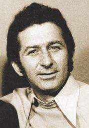 """Portret Ion Lotreanu, iunie 1975, deja """"civil"""" din 1972, când demisiona de la """"Viața militară"""" pentru """"Săptămâna"""" lui Eugen Barbu."""