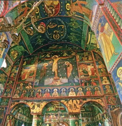 Naosul și pronaosul Catedralei Izvorul Tămăduirii - vedere spre vest